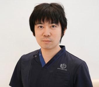 藤沢の歯医者「おだがき歯科クリニック」院長 小田柿 洋詩